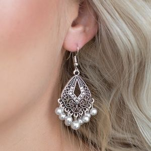 Paparazzi Earrings - Gracefully Gatsby - White